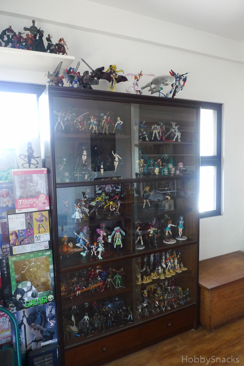My Figure Collection 2011 Part 1 My Desk And Shelves